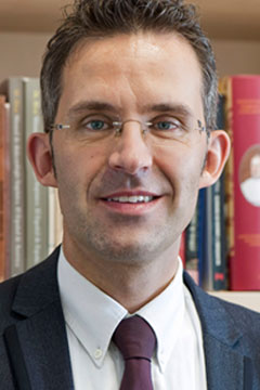Prof. Eggert